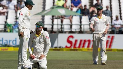 Nathan Lyon's costly drop catch gives boost to South Africa