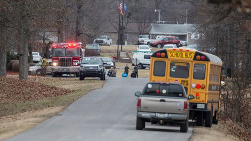 Emergency crews respond to Marshall County High School after a fatal school shooting. (AAP)