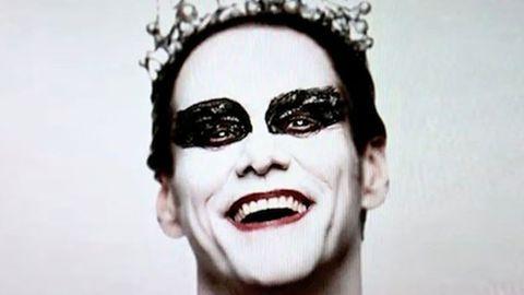 Jim Carrey spoofs Black Swan for Saturday Night Live