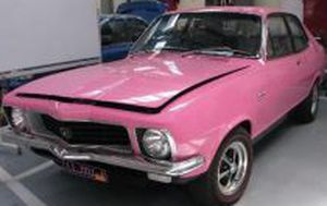 Victoria Police reunite stolen Holden Torana dubbed 'Sexy Lexy' with 74-year-old owner