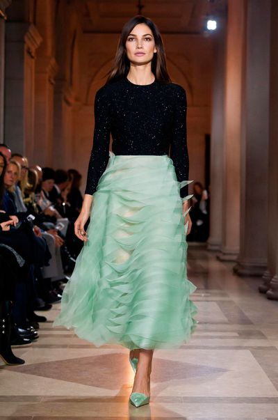 Lily Aldridge, Carolina Herrera autumn/winter '16, New York Fashion Week.
