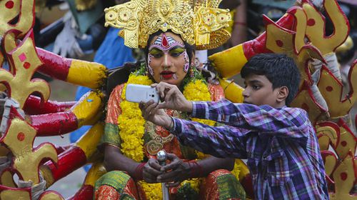 New study finds India has the most selfie deaths