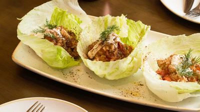 "Recipe: <a href=""http://kitchen.nine.com.au/2017/06/30/15/12/greek-san-choy-bow"" target=""_top"">1821's Greek san choy bow<br /> </a><br /> More: <a href=""http://kitchen.nine.com.au/2017/03/23/11/00/lettuce-cups-and-bowls"" target=""_top"">low-carb lettuce cups</a>"