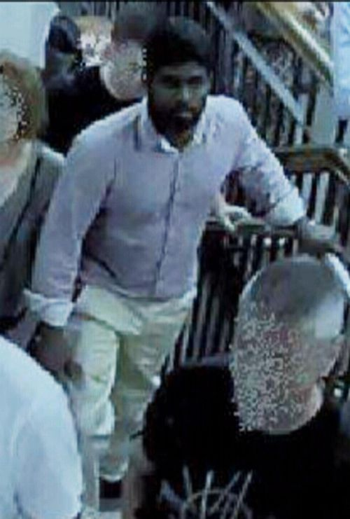 Police hope releasing images of the man will lead to an arrest. (NSW Police)