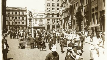 An image from 1907 of what is now Martin Place in Sydney. Then known as Moore Street, the buildings in the distance were later demolished for the extension of Martin Place to Macquarie Street.