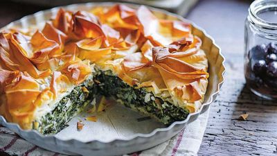 """<a href=""""http://kitchen.nine.com.au/2016/10/12/12/42/the-dinner-ladies-spinach-ricotta-and-feta-filo-pie"""" target=""""_top"""" draggable=""""false"""">The Dinner Ladies spinach, ricotta and feta filo pie</a>"""