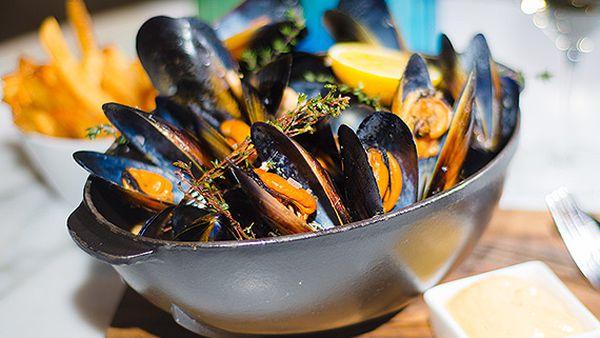 Neil Martin's butter mussels
