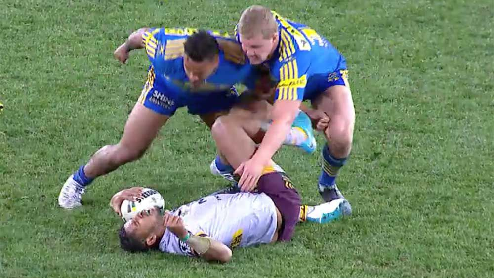 Parramatta's Kenny Edwards broke no rules with his dog shot on Brisbane's Jonus Pearson