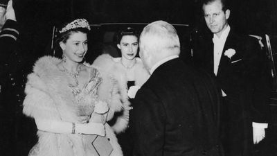 The Queen arrives at the 1952 Royal Variety Performance