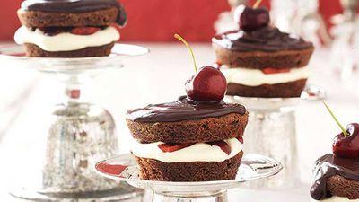 """Recipe:&nbsp;<a href=""""Mini Black Forest cake"""" target=""""_top"""">Mini Black Forest cake</a>"""