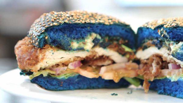 Ribs & Burgers' Mutant Burger. Video and image: 9Kitchen