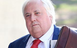 Clive Palmer adds Queensland to High Court challenge of border closures
