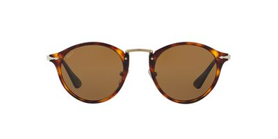 "<a href=""https://www.sunglasshut.com/au/8053672666311"" target=""_blank"" title=""Persol Polarised Pilot Sunglasses, $420"" draggable=""false"">Persol Polarised Pilot Sunglasses, $420</a>"