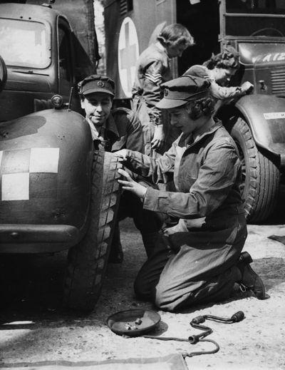 Princess Elizabeth, ATS training centre, April 1945