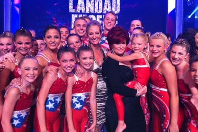 Sharon Osbourne tweets a pic of herself at the <I>America's Got Talent</i> final.