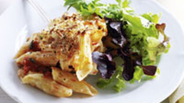 Penne baked with cheese and tomato