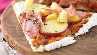 "<a href=""http://kitchen.nine.com.au/2016/05/13/11/46/ham-and-pineapple-pizza"" target=""_top"">Ham and pineapple pizza</a> recipe"