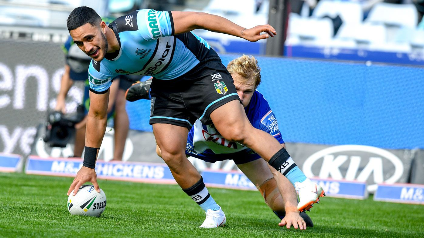 Cronulla fullback Valentine Holmes up there with Billy Slater: Bulldogs coach Dean Pay