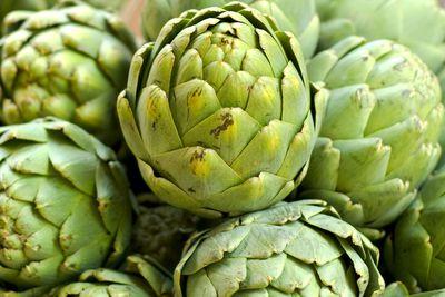 Medium artichoke (120g): 6.8g fibre