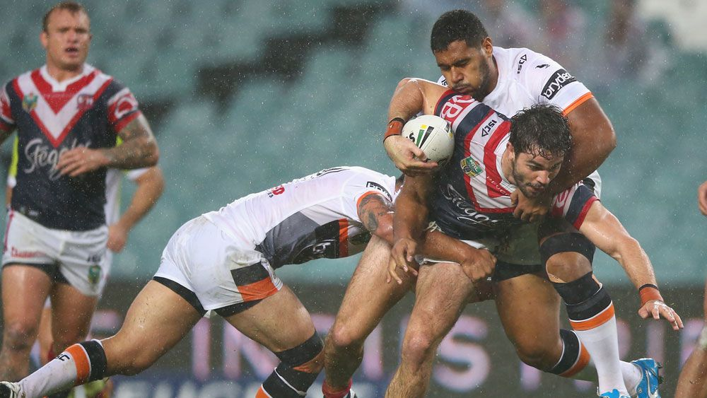 Roosters beat Tigers before record crowd
