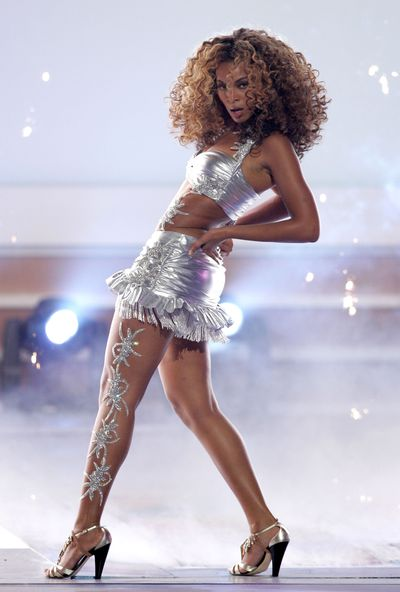 Beyoncé performs  at the 2006 BET Awards in Los Angeles, 2006