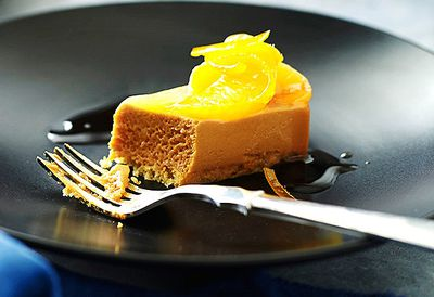Caramel mousse with mandarin