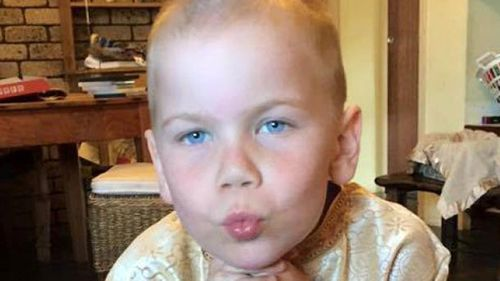 Perth boy at centre of legal battle over cancer treatment dies