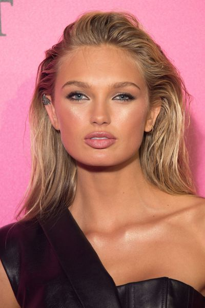 """<p><strong>Face</strong></p> <p>Give your skin a soft, dewy Victoria's Secret-inspired look that will take you from the office to the bar with ease.</p> <p>""""Prep is everything if you really want to have dewy skin. Take good care of your skin, make sure you&rsquo;re using a good moisturiser, get rest, avoid things that dry out, and drink tons of water"""" celebrity makeup artist Allie Smith told&nbsp;<a href=""""https://www.allure.com/gallery/makeup-products-for-dewy-skin-recommended-by-makeup-artists"""" target=""""_blank""""><em>Allure.</em></a></p>"""