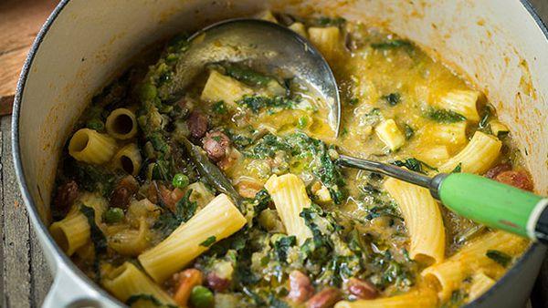 Ten vegetable minestrone