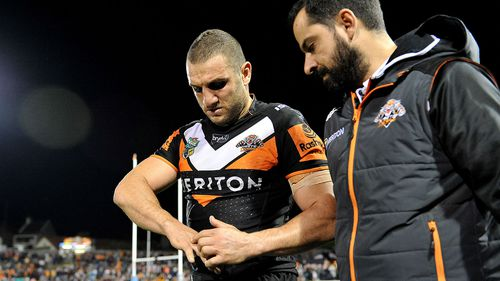 Robbie Farah broke his hand during the Tiger's loss on Sunday. (AAP)