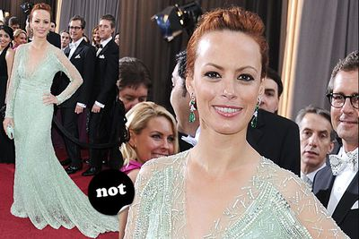 """You've heard the expression 'sprayed on'? Well this dress looks 'sneezed on'. <br/><br/>Spoiler alert! <a href=""""http://yourmovies.com.au/article/oscars2012/8425037/oscars-2012-moviefixs-live-results-blog"""">Head over to MovieFIX to find out who won...</a>"""