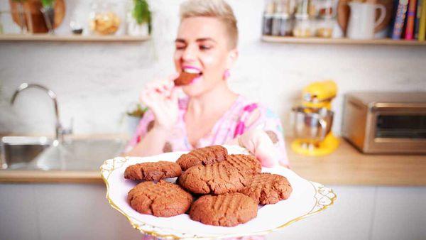 Jane de Graaff makes three-ingredient Nutella cookies