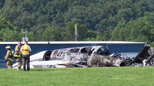 Well known NASCAR racer Dale Earnhardt Jr has escaped serious injury after his plane crashed in Tennessee this morning.