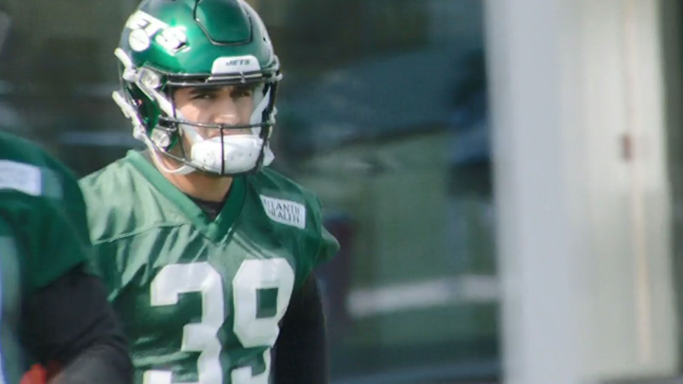 Valentine Holmes at Jets practice