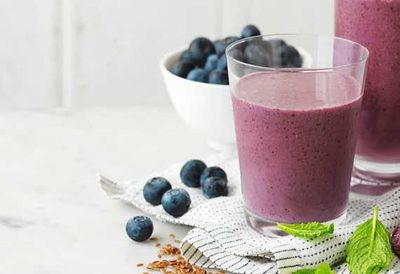 "<a href=""http://kitchen.nine.com.au/2016/05/04/15/39/blueberry-and-grape-superfood-smoothie"" target=""_top"">Blueberry and grape superfood smoothie</a>"