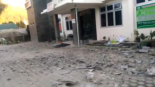 Concrete slabs fell during the quake, causing the casualties. Picture: 9NEWS