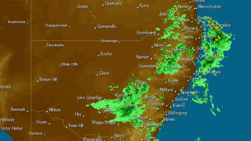Heavy rainfall above NSW and southern Queensland today. (Weatherzone)