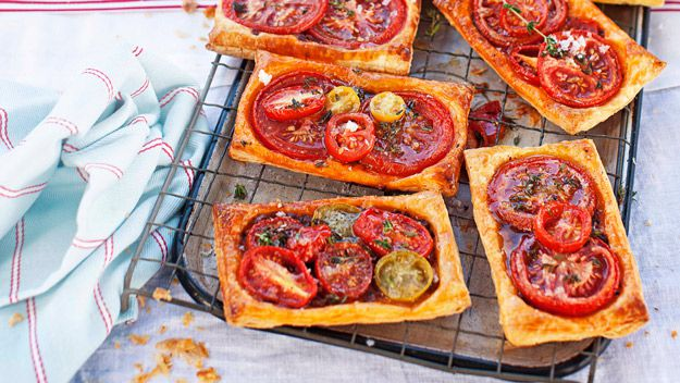 Tomato galettes with fetta and fresh thyme