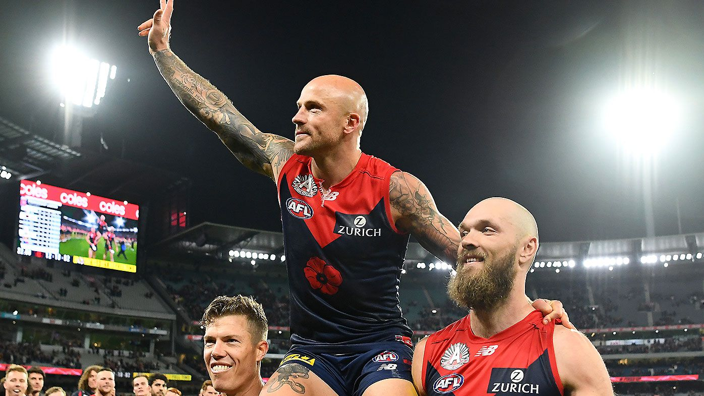 Melbourne veteran Nathan Jones pulls plug on grand final dream to be with pregnant partner