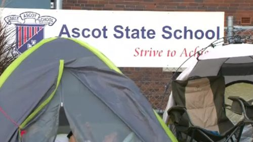 A line of tents outside Ascot State School this morning. (9NEWS)