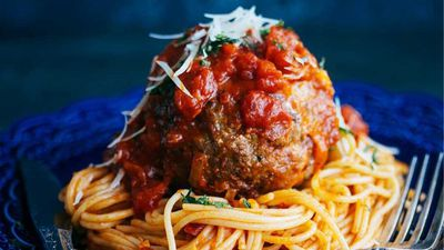 "Recipe: <a href=""http://kitchen.nine.com.au/2017/09/21/12/40/billy-laws-giant-spicy-beef-meatball-spaghetti"" target=""_top"">Billy Law's giant spicy beef meatball spaghetti</a><br /> <br /> More: <a href=""http://kitchen.nine.com.au/2016/06/06/20/30/meatballs-make-the-most-of-these-meaty-morsels"" target=""_top"">meatball recipes</a>"