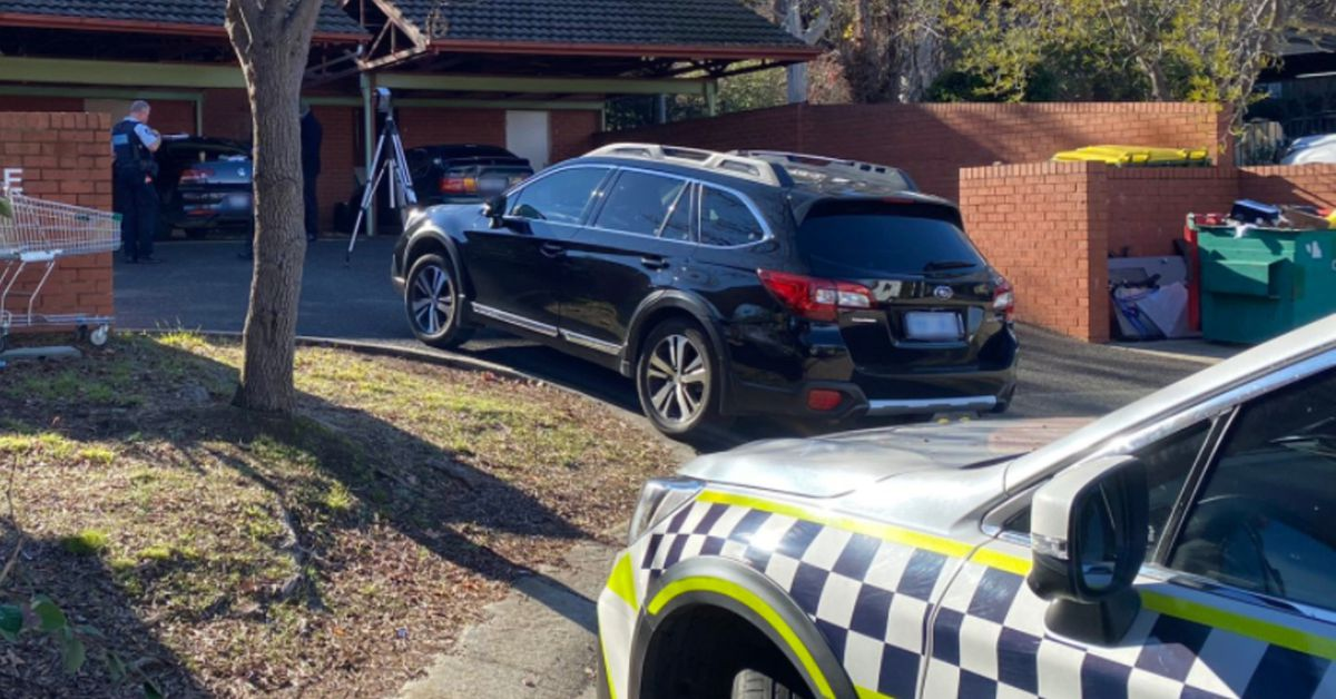 Man shot dead at front door of his Canberra home in late-night attack – 9News