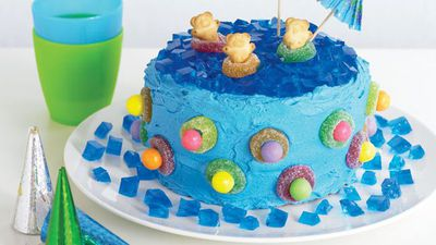 "Recipe: <a href=""http://kitchen.nine.com.au/2016/05/13/11/45/jelly-pool-cake"" target=""_top"">Jelly pool cake</a>"