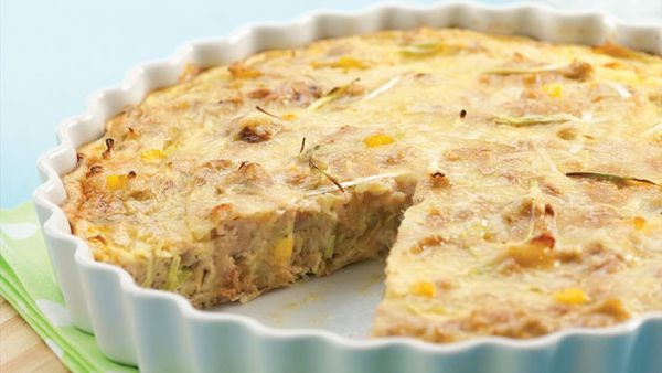 Tuna corn and onion quiche