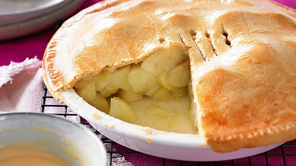 Weight Watchers' old-fashioned apple pie