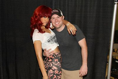 She's not shy! Rihanna gets to know the little people backstage on her <i>Get Loud</i> tour.<br/><br/>Pics via facebook