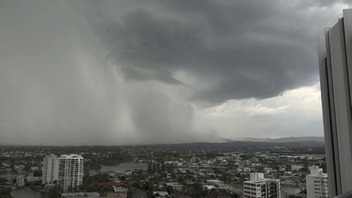 Heavy rain over the Gold Coast yesterday. (9NEWS)