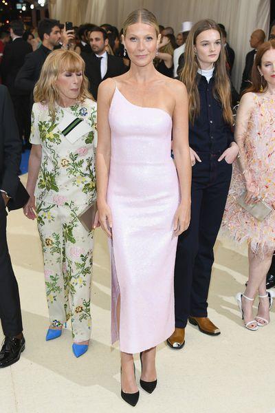 Gwyneth Paltrow&nbsp;in Calvin Klein at the 2017 Met Gala,&nbsp;<em>Rei Kawakubo/Comme des Garcons: Art Of The In-Between</em>