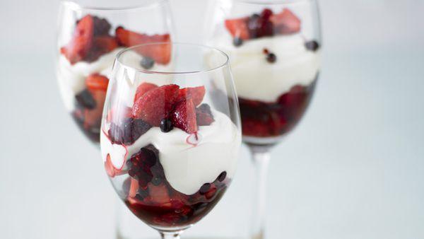 Berry and vanilla cream parfait