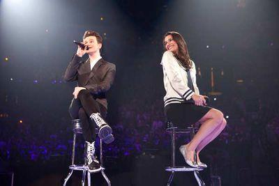 Wait, wait, Lea Michele (Rachel) seems happy to let someone <i>else</i> sing a solo? I think not.